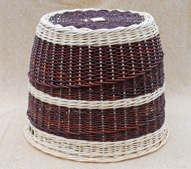 basket stool