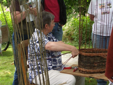 Katherine teaching willow basketmaking