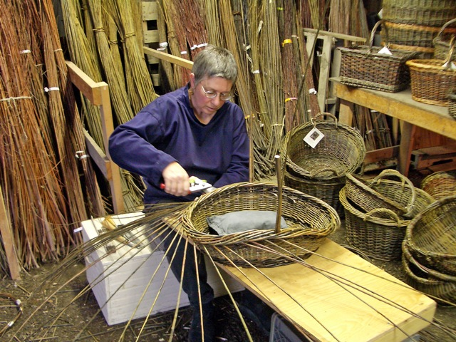 KLewiswillowbasketmaker