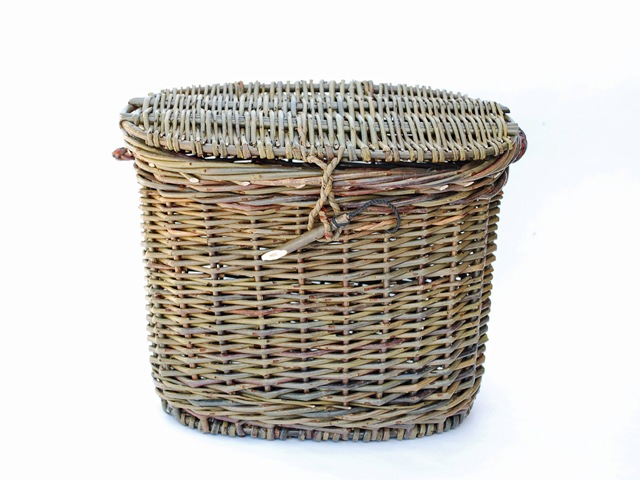 oval version of basket purse