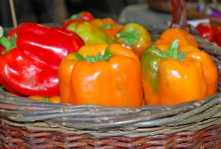 sweet peppers at the DG farmstand