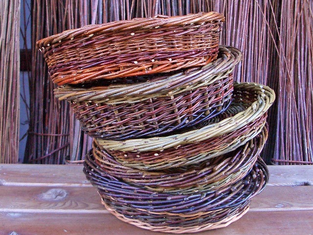 round table baskets