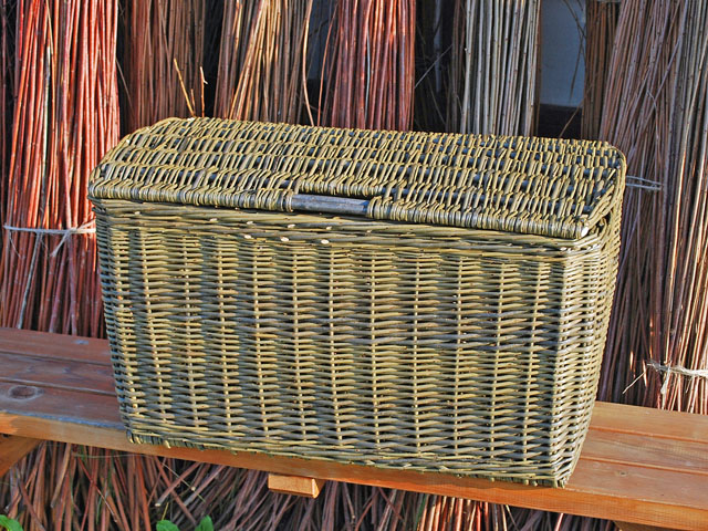 green willow hamper