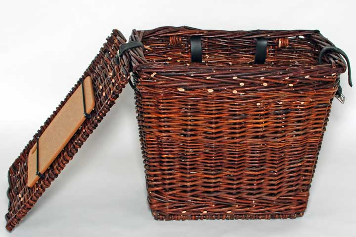 willow picnic basket with cutting board for bicycle pannier
